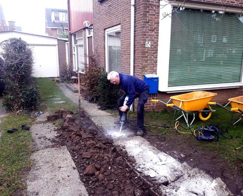 Werkzaamheden bij het aanleggen van een nieuwe tuin